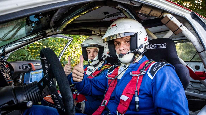 Bratři Hemerkovi a pronájem závodního vozu Honda poprvé